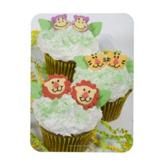 Safari animal party cupcakes. flexible magnets