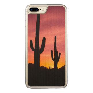 Saguaro cactus at sunrise, Arizona Carved iPhone 8 Plus/7 Plus Case
