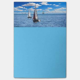 Sail boats post-it notes