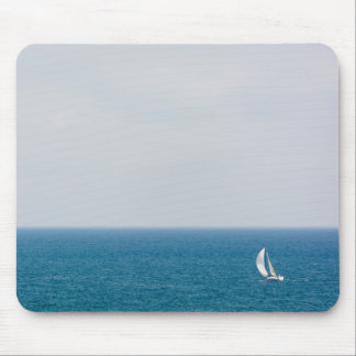 Sailing alone II Mouse Pad