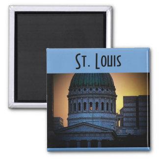 Saint Louis Magnet
