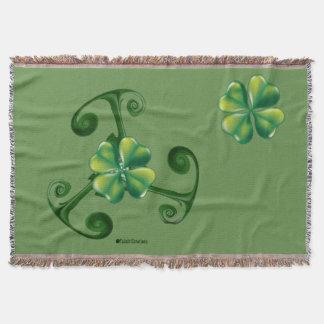 Saint Patrick's day & Triskele.Lá Fhélie Pádraig Throw Blanket