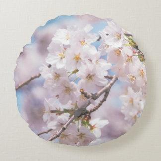 sakura flowes pilow round pillow