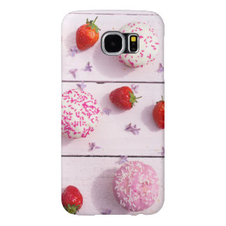 Samsung Galaxy S6 case with cupcakes