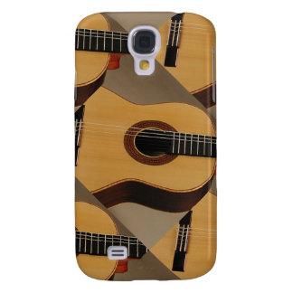 SamsungGalaxy S4, à peine là avec la guitare espag