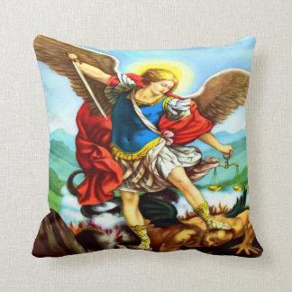 San Miguel Almohada - St Michael Pillow