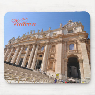 San Pietro basilica in Vatican, Rome, Italy Mouse Pad