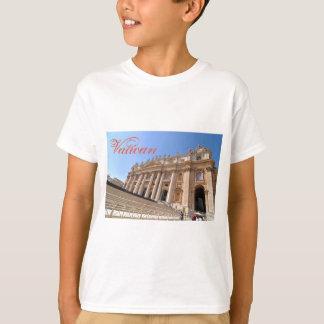San Pietro basilica in Vatican, Rome, Italy T-Shirt