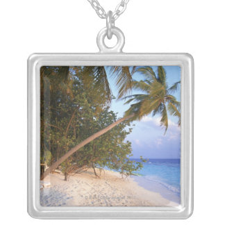 Sandy Beach 10 Silver Plated Necklace
