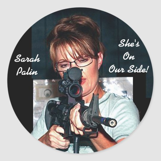 Sarah Palin w/Rifle Classic Round Sticker