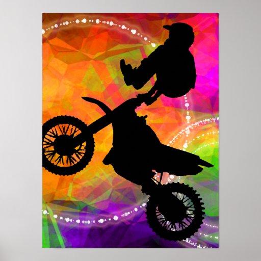Saut de motocross en cercles du feu posters