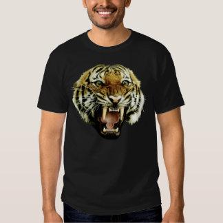 Sauvage de tigre t shirts