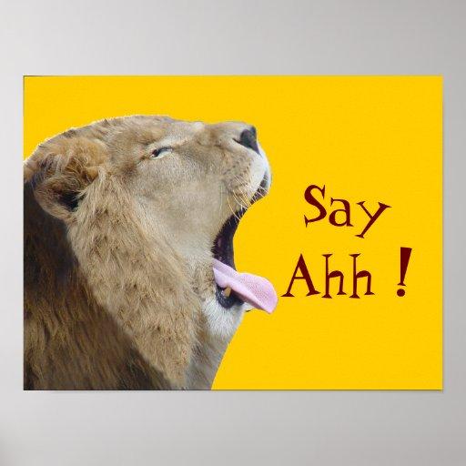 Say Ahh! Poster Print