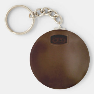 SCALE WITH FOOTPRINTS BASIC ROUND BUTTON KEYCHAIN