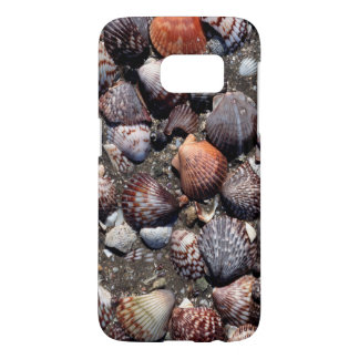 Scalloped Colorful Seashells On A Black Sand Samsung Galaxy S7 Case
