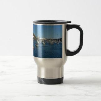 Scarborough harbour travel mug