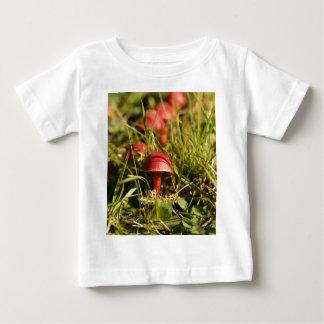 Scarlet hood fungi, Hygrocybe coccinea Baby T-Shirt
