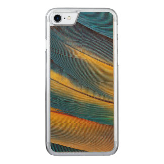 Scarlet Macaw feather close up Carved iPhone 7 Case