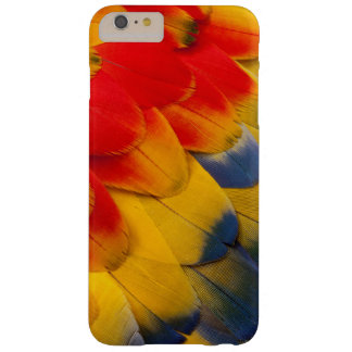 Scarlet Macaw feathers close-up Barely There iPhone 6 Plus Case