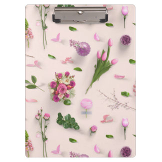 Scattered Flowers Pink Clipboard