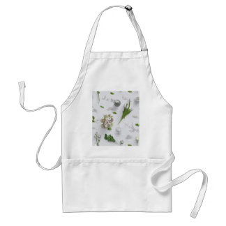 Scattered Flowers White Standard Apron