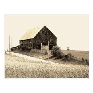 scenic Missouri Barn Postcard