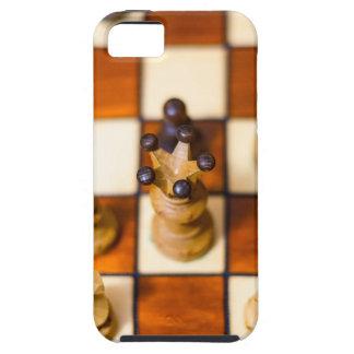 Schachbrett mit Dame im Vordergrund iPhone 5 Covers