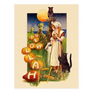 Schmucker: Halloween Field Postcard