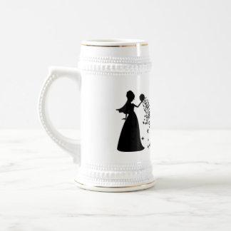 Scintillement de noir de silhouette de jeune marié tasse