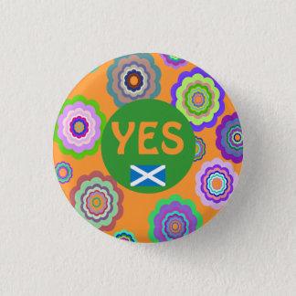 Scottish Independence Flower Power Saltire Badge 1 Inch Round Button