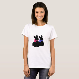 Scottish Terrier black sitting/blue, pink bow T-Shirt