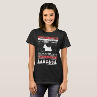 Scottish Terrier Through The Snow T-shirt