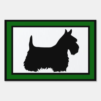 Scottish Terrier with green boarder Sign