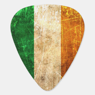 Scratched and Worn Vintage Irish Flag Guitar Pick