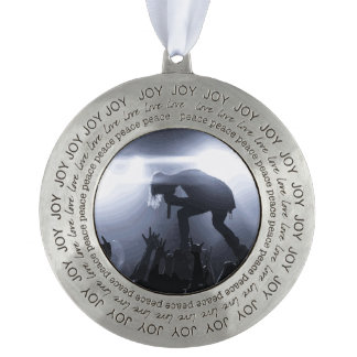 Scream it out! pewter ornament