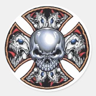 Screaming Iron Skull Classic Round Sticker