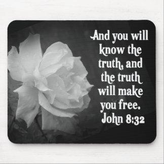 SCRIPTURE John 8:32  Black / White Flowers Mouse Pad