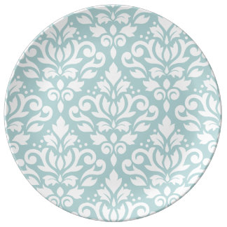 Scroll Damask Lg Ptn White on Duck Egg Blue (B) Plate