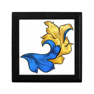 Scroll Filigree Floral Pattern Heraldry Design Gift Box