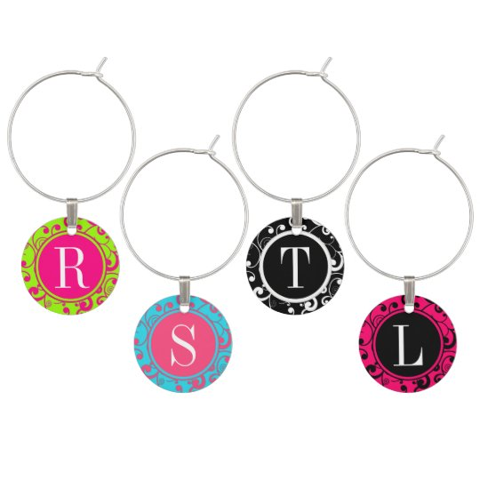 Scroll Pattern Monogram Wine Charm Set