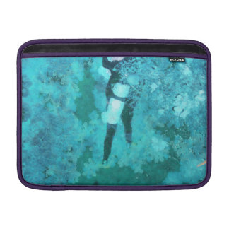 Scuba diver and bubbles sleeve for MacBook air