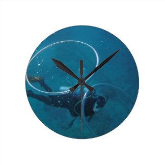 Scuba Diver Round Clock