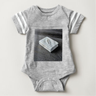 Sculptures designs baby bodysuit