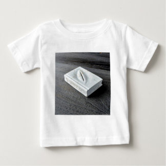 Sculptures designs baby T-Shirt