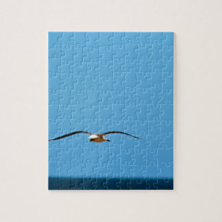 SEAGULL IN FLIGHT QUEENSLAND AUSTRALIA JIGSAW PUZZLE
