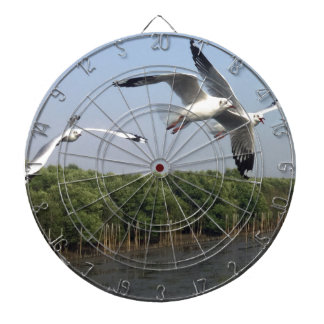 Seagulls at the beach dartboard