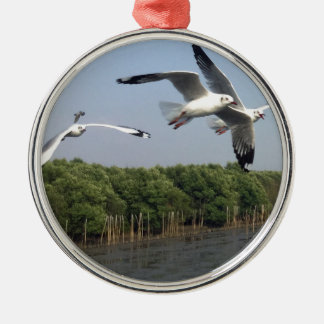Seagulls at the beach Silver-Colored round ornament