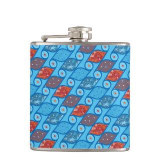 Seamless pattern art deco style. Vintage elegant Flask