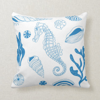 Seamless pattern with sea shells throw pillow