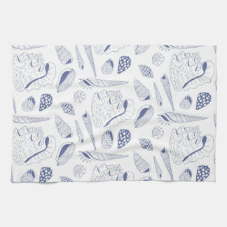Seamless pattern with sea shells towel